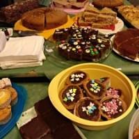 … es gibt wieder Kuchen und Brezeln …